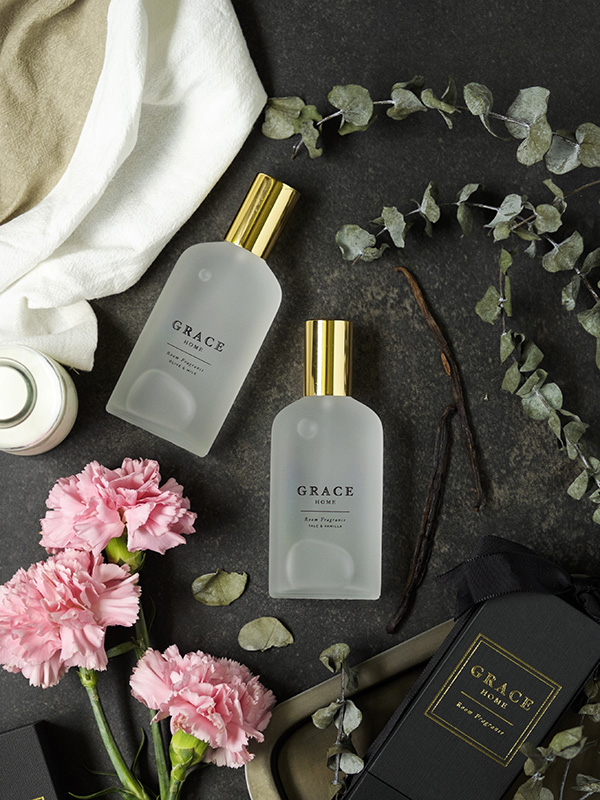 Talc and Vanilla is a sweet fragrance that is delicate, calming, and pleasing, while Olive and Milk has a fresh scent that is cheerful, comforting and relaxing.
