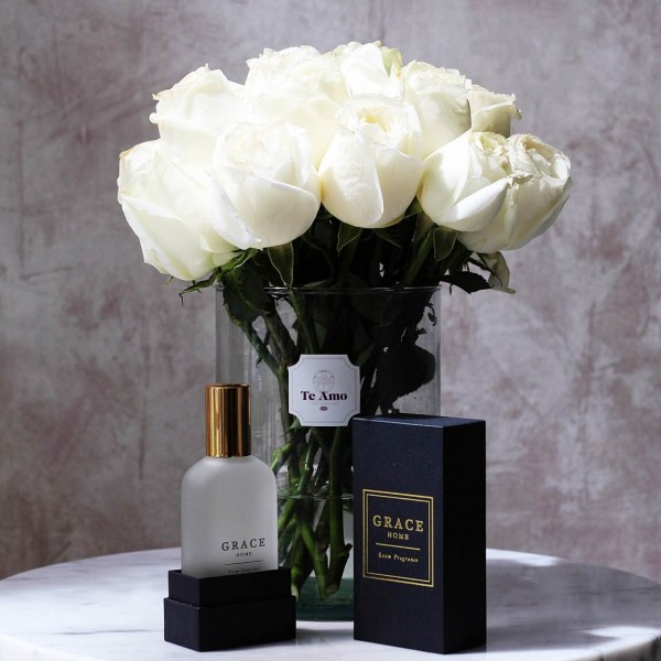 Grace Home x Te Amo Talc and Vanilla Room Fragrance with a Dozen Roses