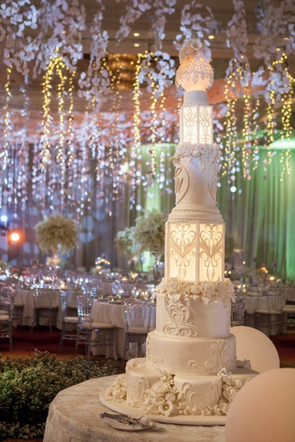 Real Weddings - Intricate details of a multi-tiered lantern wedding cake