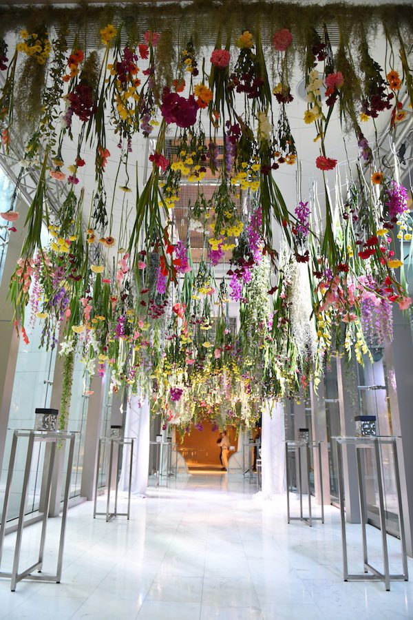 act-1-hanging-flowers-b