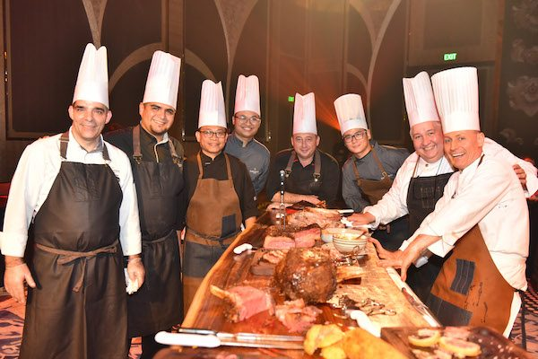 act-4-chefs-at-the-carving-log-b-1